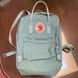 Fjallraven Kanken Classic Backpack Frost Green